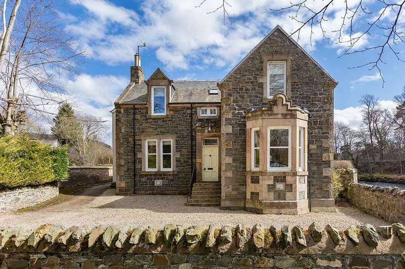 4 Bedrooms Detached House for sale in Priorsford Villa, Tweed Green, Peebles EH45 8AR