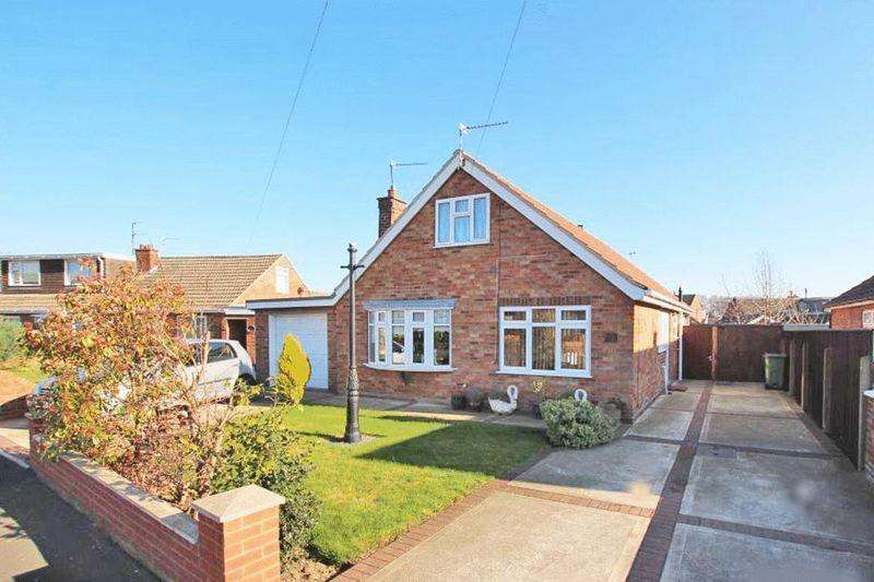 3 Bedrooms Detached Bungalow for sale in VALDA VALE, IMMINGHAM