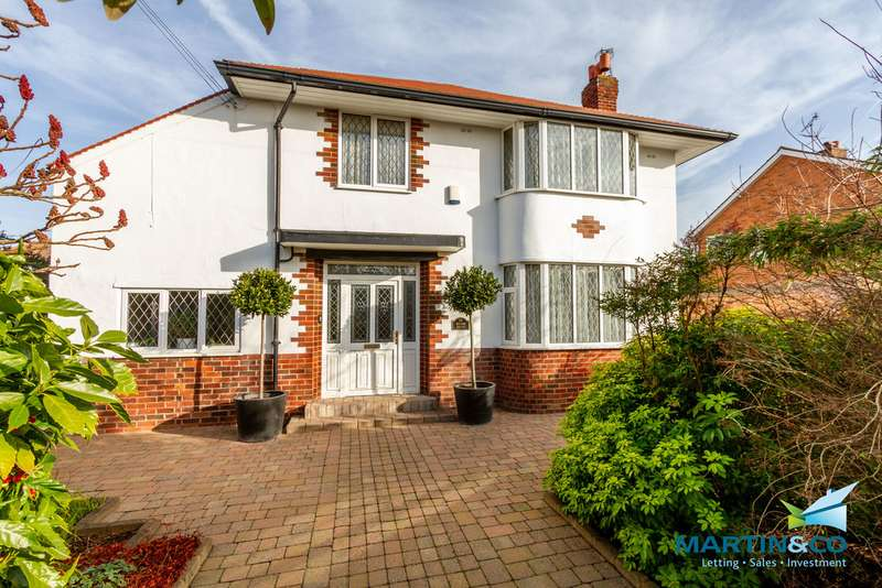 4 Bedrooms Detached House for sale in Fleetwood Road North, Thornton-Cleveleys FY5