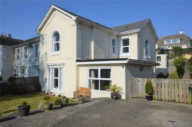 5 Bedrooms End Of Terrace House for sale in Windsor Road, Torquay, Devon