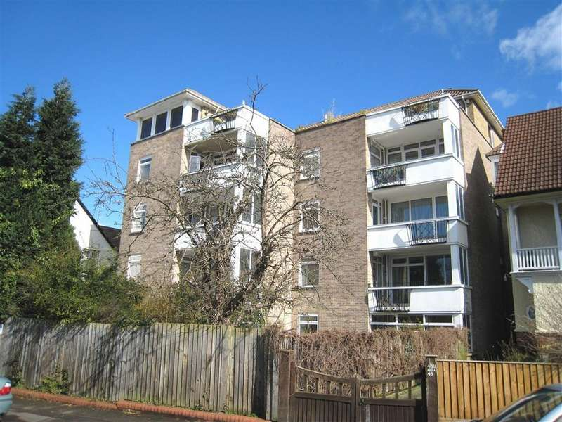 2 Bedrooms Apartment Flat for sale in Downs Park West, Westbury Park, Bristol