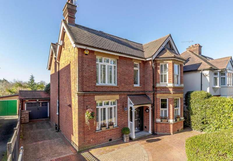 4 Bedrooms Detached House for sale in Hartswood Road, Warley