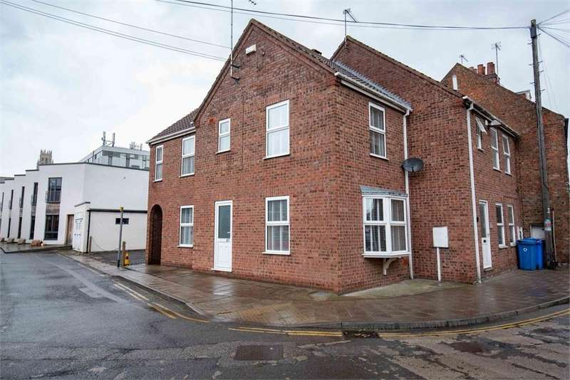 2 Bedrooms Semi Detached House for sale in Pen Street, Boston, Lincolnshire
