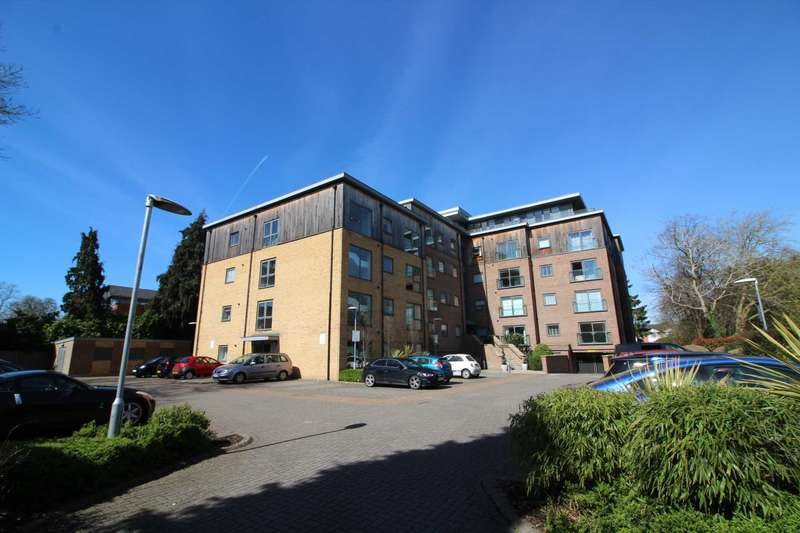 1 Bedroom Apartment Flat for sale in Priory Point, Reading