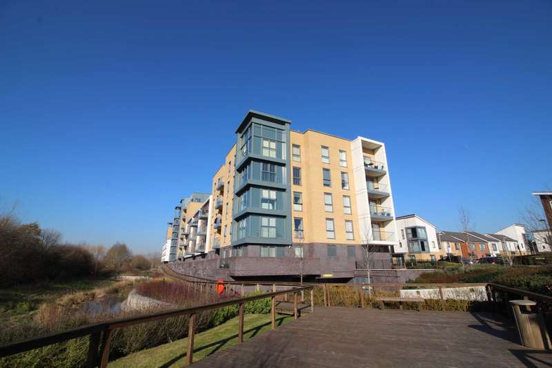 2 Bedrooms Apartment Flat for sale in Cygnet House, Kennet Island, Reading