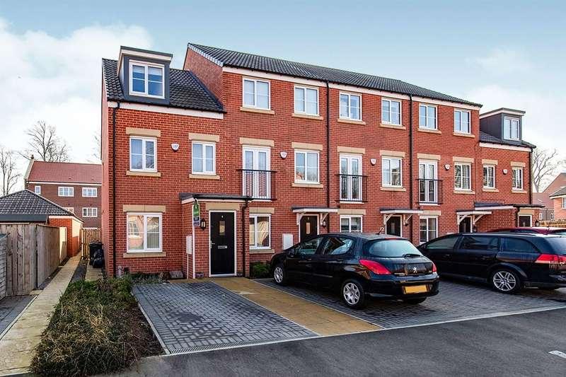 3 Bedrooms Semi Detached House for rent in Greener Drive, Darlington, DL1