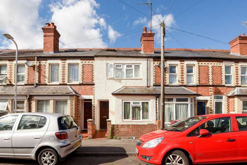 4 Bedrooms House for sale in Pitcroft Avenue, Earley, Reading, RG6