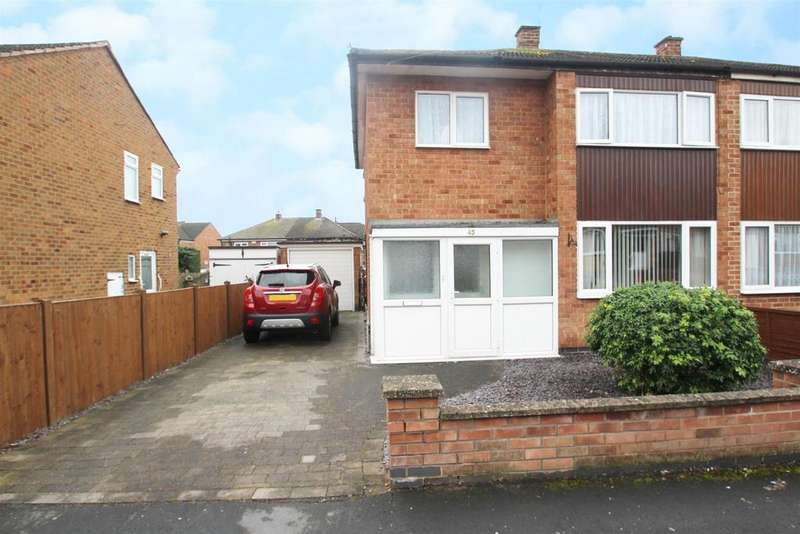 3 Bedrooms Semi Detached House for sale in Dovedale Road, Thurmaston, Leicester