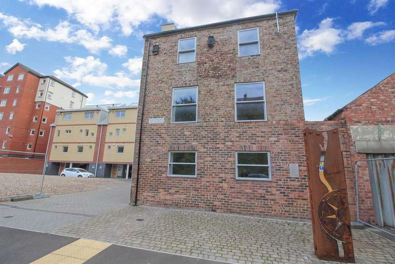 4 Bedrooms Detached House for sale in Swan Quay, North Shields