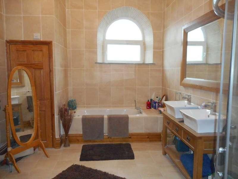 4 Bedrooms Detached House for sale in Duffryn Street - Ferndale