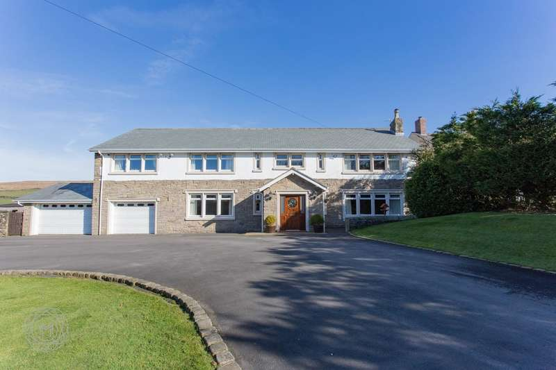 5 Bedrooms Detached House for sale in Georges Lane, Horwich, Bolton, BL6