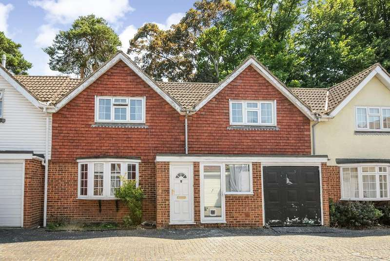 2 Bedrooms House for rent in Belmont Mews, Camberley, GU15