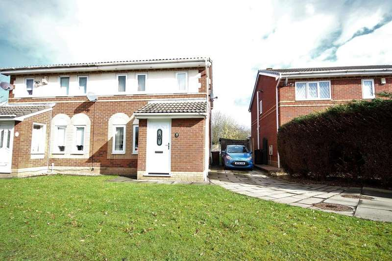 3 Bedrooms Semi Detached House for sale in Amber Gardens, Hindley, Wigan, WN2 3RW