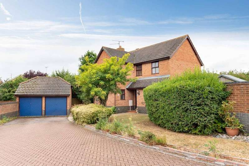 4 Bedrooms Detached House for sale in Broadacres, Bushmead, Luton, LU2