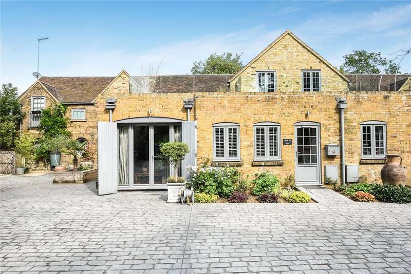 4 Bedrooms Semi Detached House for sale in Bank Mill Wharf, Bank Mill Lane, Berkhamsted, Hertfordshire, HP4