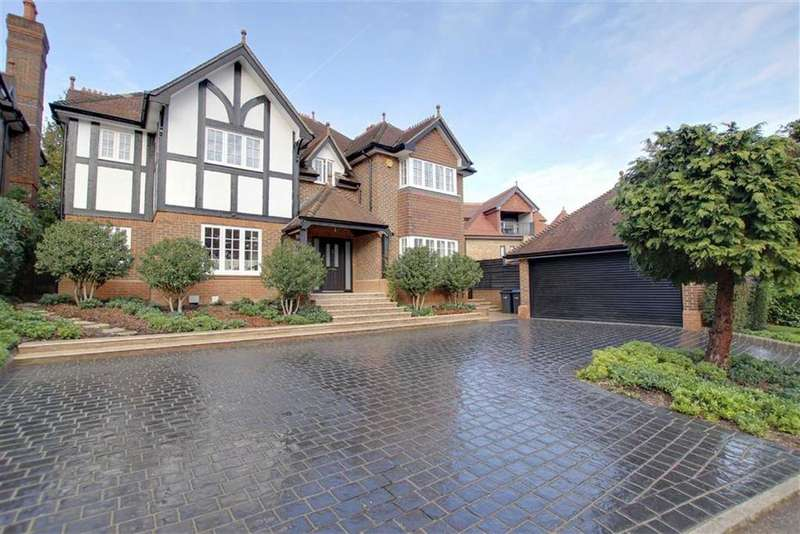 5 Bedrooms Detached House for sale in Pagitts Grove, Hadley Wood, Herts