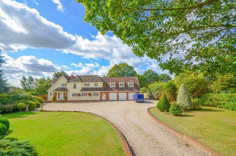6 Bedrooms Detached House for sale in Maypole Road, Wickham Bishops, CM8 3NW