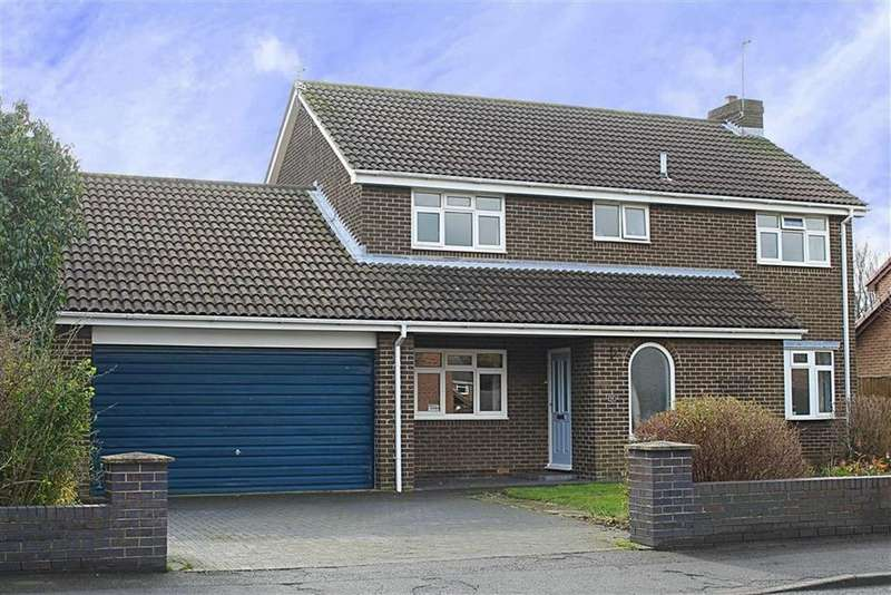 4 Bedrooms Detached House for sale in Fulmerton Crescent, Redcar