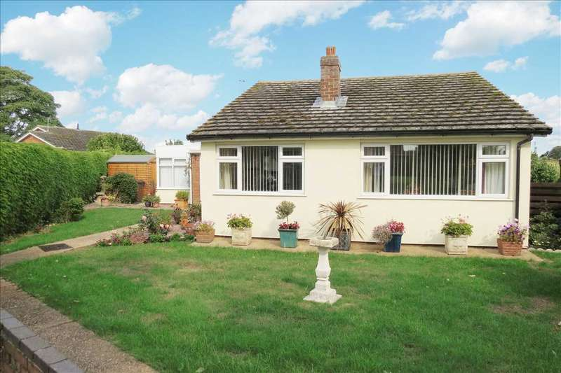 3 Bedrooms Detached Bungalow for sale in The Green, Leasingham