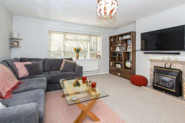 2 Bedrooms House for sale in Maidenhead, Berkshire, Uk
