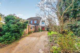4 Bedrooms Semi Detached House for sale in Blackness Road, Crowborough, East Sussex