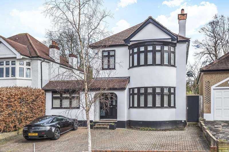 4 Bedrooms Detached House for sale in The Grove, West Wickham