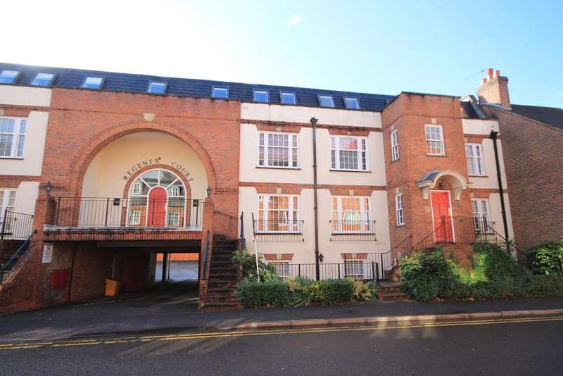 2 Bedrooms Apartment Flat for sale in Regents Court, NEWBURY, RG14