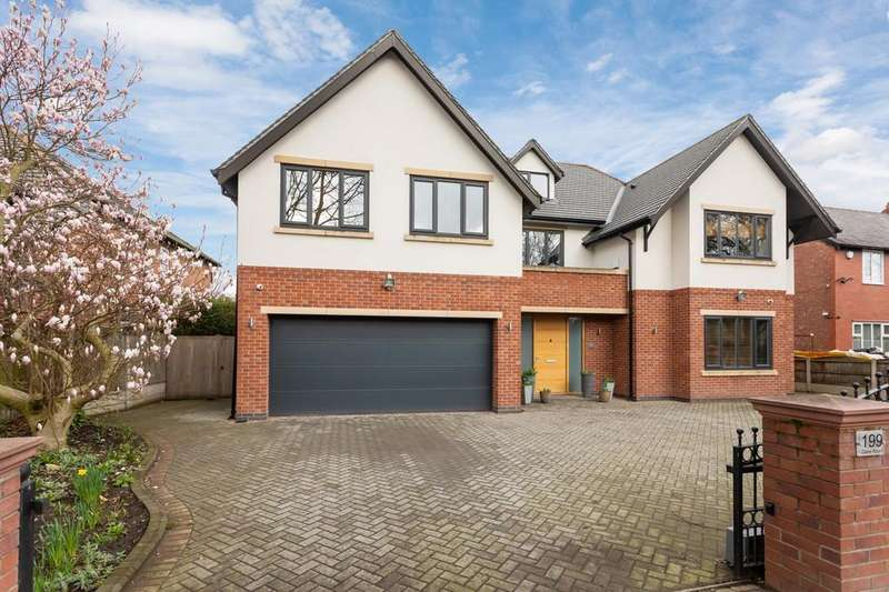 6 Bedrooms Detached House for sale in Dane Road, Sale