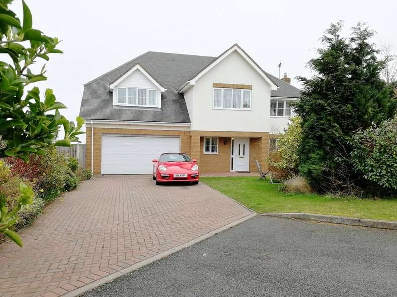 5 Bedrooms Detached House for sale in Cwrt Gwyntog, Trelogan, Holywell