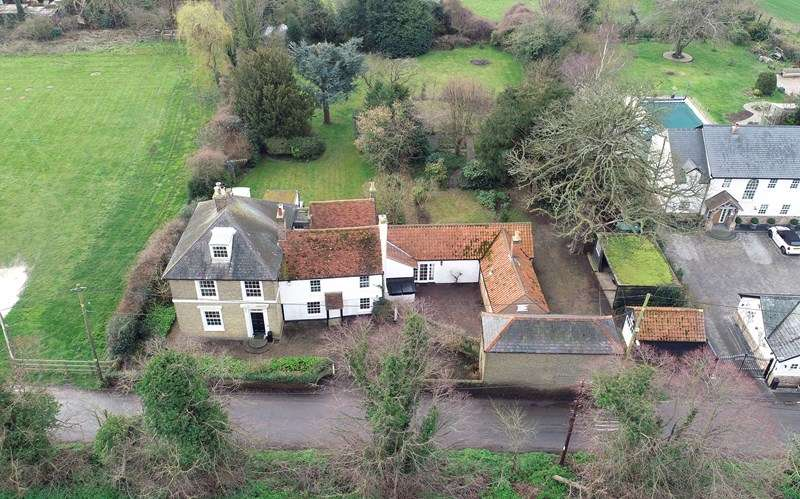 6 Bedrooms Country House Character Property for sale in East End, Paglesham