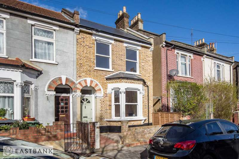 3 Bedrooms House for sale in Murchison Road, Leyton, E10