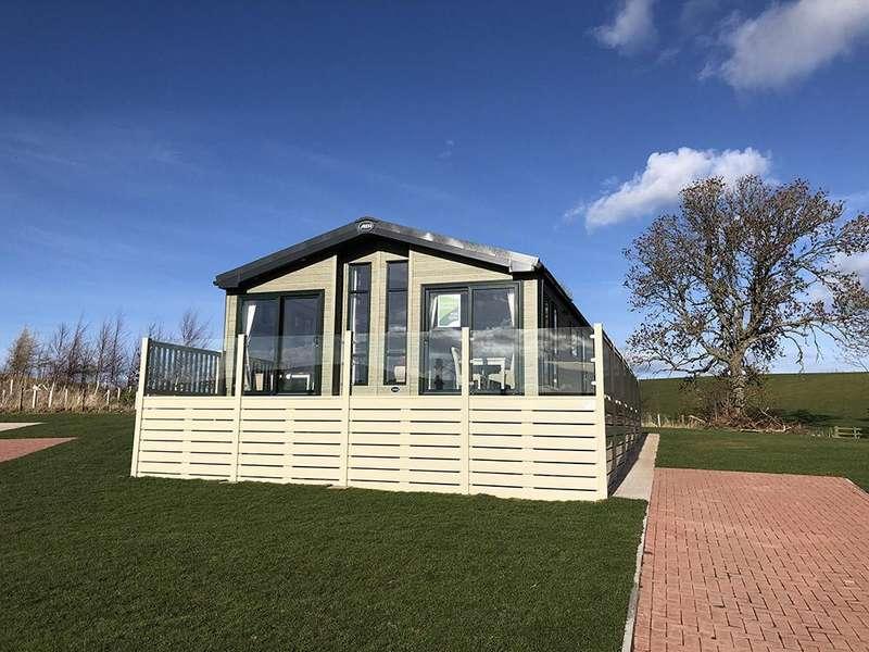 2 Bedrooms Detached Bungalow for sale in Cockburnspath Park, The Neuk, Cockburnspath, TD13 5YH