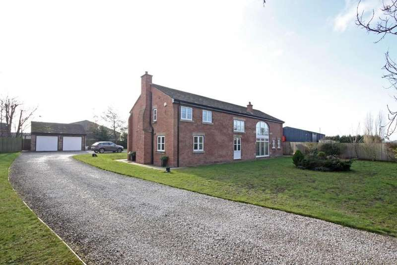 5 Bedrooms Barn Conversion Character Property for sale in Cop House Barn, Jacksmere Lane, Scarisbrick, L40 9RS