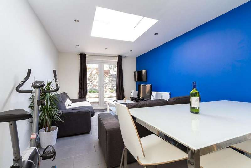 7 Bedrooms Private Halls Flat for rent in May Street, Cathays