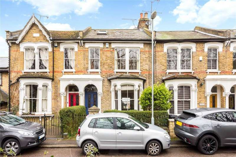 4 Bedrooms Terraced House for sale in Osborne Road, Buckhurst Hill, Essex, IG9