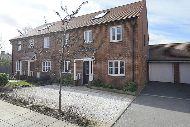 4 Bedrooms Semi Detached House for sale in Wellesbourne Crescent, High Wycombe, Buckinghamshire, HP13