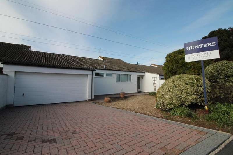 3 Bedrooms Detached Bungalow for sale in Causeway View, Nailsea, North Somerset, BS48 2XL
