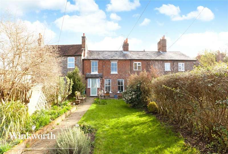 3 Bedrooms Terraced House for sale in Hillcrest, Oxford Road, Donnington, Newbury, RG14