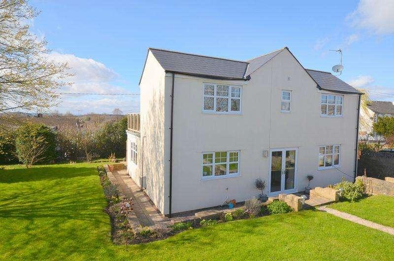 5 Bedrooms Detached House for sale in Coalway