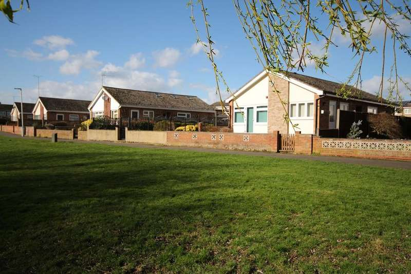 3 Bedrooms Detached Bungalow for sale in Powells Road, Shefford, SG17