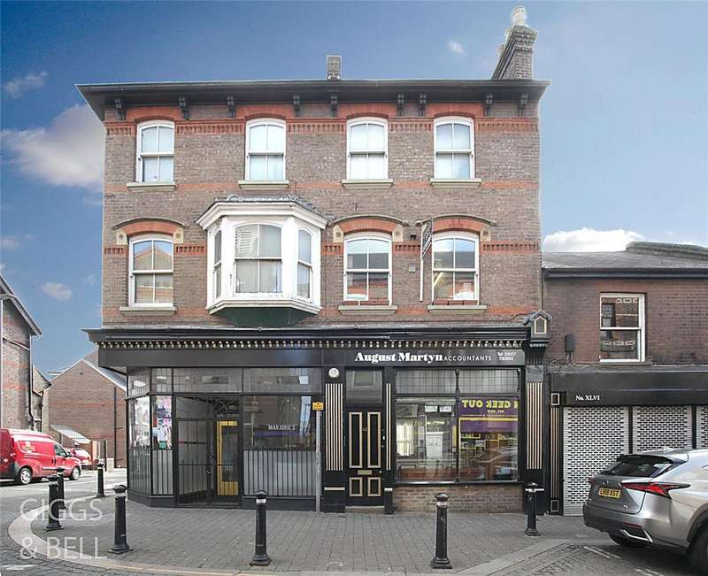 3 Bedrooms Terraced House for sale in High Town Road, Luton, Bedfordshire, LU2