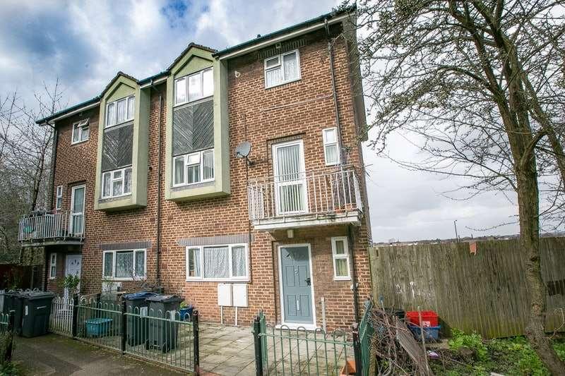 5 Bedrooms Semi Detached House for sale in Hutton Avenue, Birmingham, West Midlands, B8
