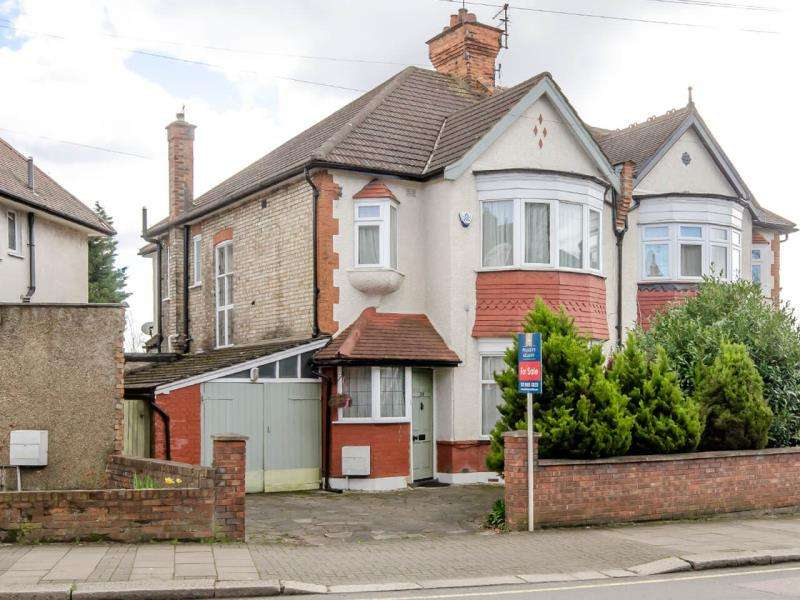 4 Bedrooms Semi Detached House for sale in East End Road, N2