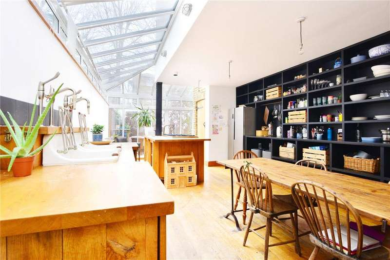 2 Bedrooms Terraced House for sale in Bellenden Road, Peckham Rye, London, SE15