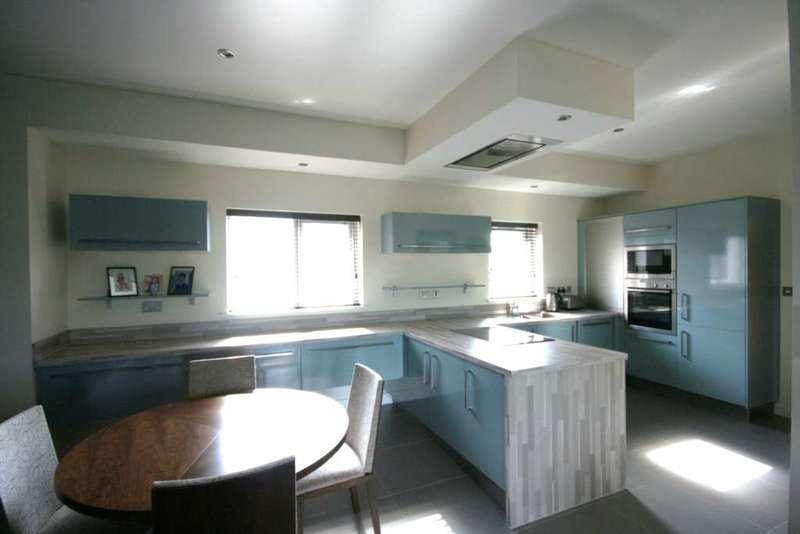 2 Bedrooms Apartment Flat for rent in Bevan Court, Dunlop Street, Warrington