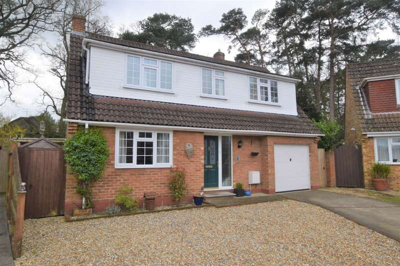 3 Bedrooms Detached House for sale in Warren Close, Burghfield Common, Reading, RG7