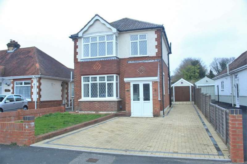 3 Bedrooms Detached House for sale in The Crossway, Portchester