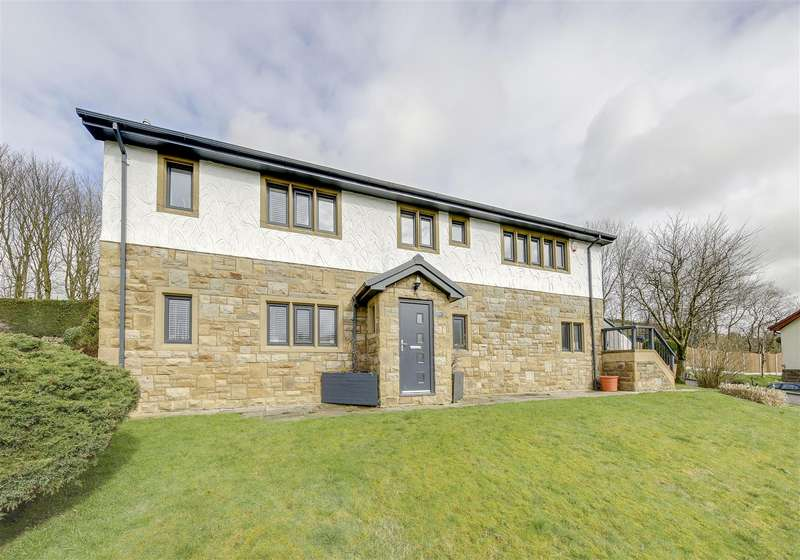 4 Bedrooms Detached House for sale in off Rochdale Road, Britannia, Bacup, Rossendale