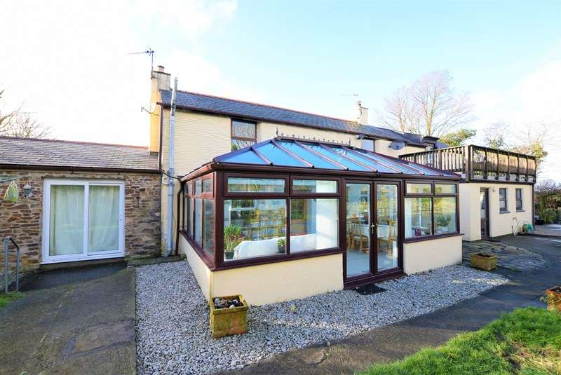 5 Bedrooms Farm House Character Property for sale in Penhallow, Truro