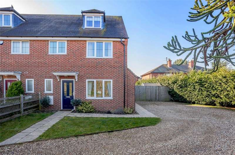 3 Bedrooms Semi Detached House for sale in Benham Gate, Benham Hill, Thatcham, Berkshire, RG18